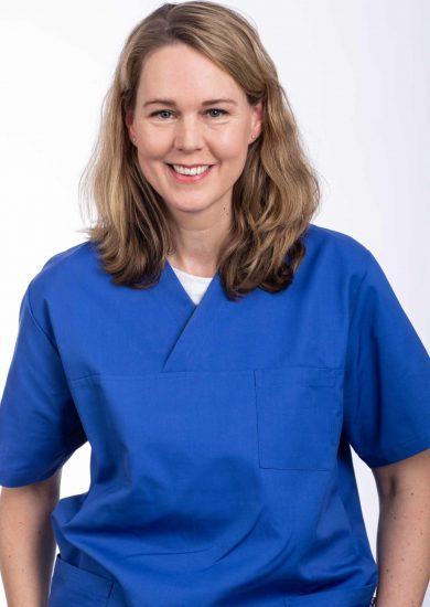 2020_tierarzt-glinde_Teamseite_Dr. Petra Wittschen