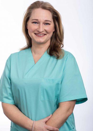 2020_tierarzt-glinde_Teamseite_Katrin Riecken