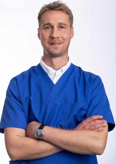 2020_tierarzt-glinde_Teamseite_Lorcan Stobbe